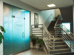 Omni commercial door